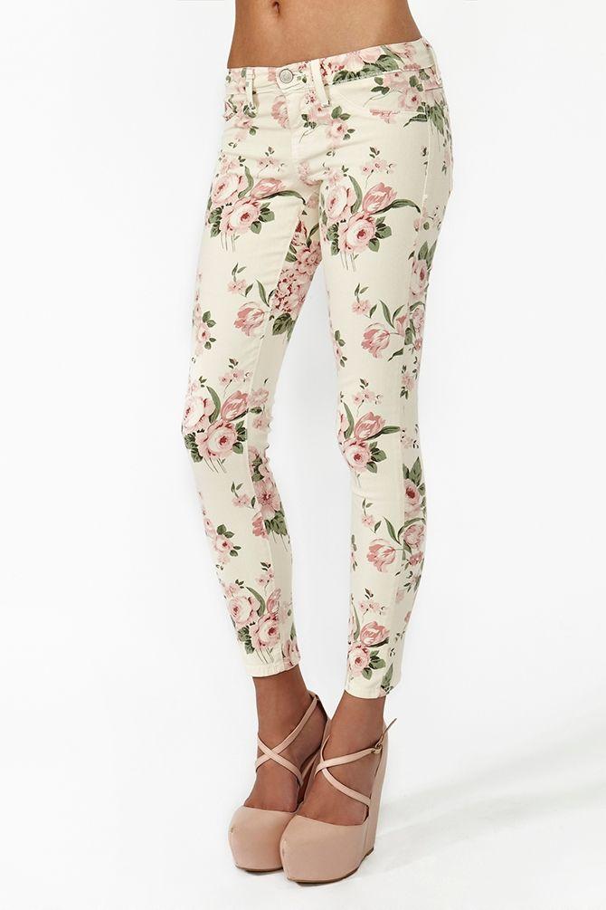 Desert Rose Skinny Jeans in Blush