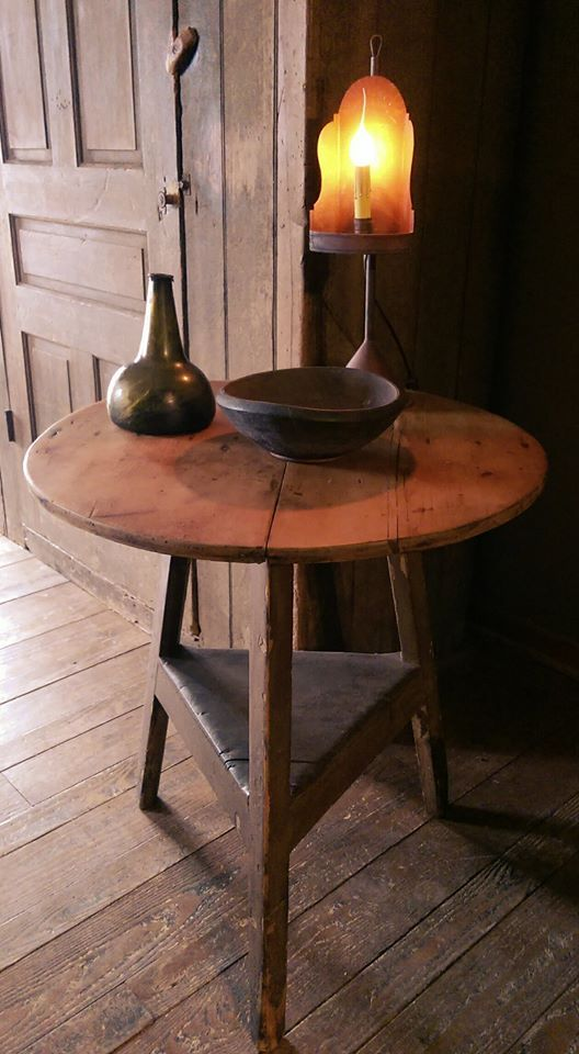 Early Country Antiques https://www.facebook.com/earlycountryantiques/photos/ms.c.eJwzNDA0NTY2tjQ0M7Y0tTQ3stAzhIuYGJmjiZgaWpigipgZmaCJmBuYgkQAKcgSAA~-~-.bps.a.10153339163529728.1073741841.110687344727/10153339163959728/?type=1&theater