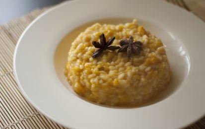 Risotto alla zucca con il Bimby - Ecco la ricetta per preparare il risotto alla zucca con il Bimby. Si tratta di un primo piatto da preparare per Halloween e non solo. Scoprite le dosi e i tempi giusti per portare in tavola un risotto gustoso e cotto a puntino.