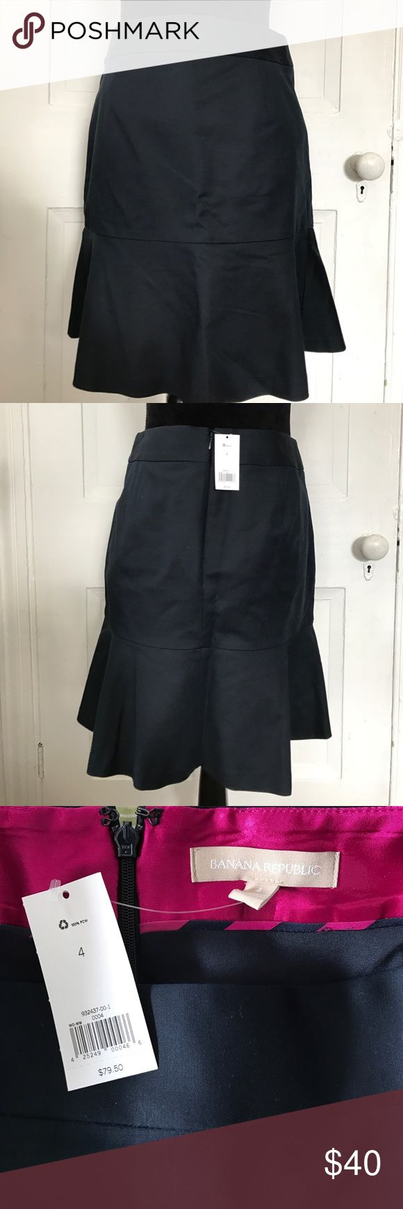 "Banana Republic Navy Blue Skirt NWT Banana Republic Navy Blue Skirt. Waist width is 14.5"" / length is 19.5"" Banana Republic Skirts Mini"