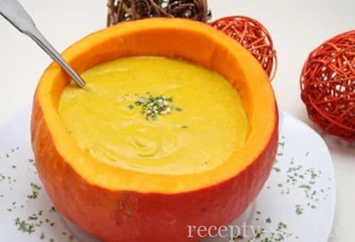 Сладкий суп пюре из тыквы с корицей - http://www.recepty-supov.ru/sladkiy-sup-pyure-iz-tyikvyi-s-koritsey.html