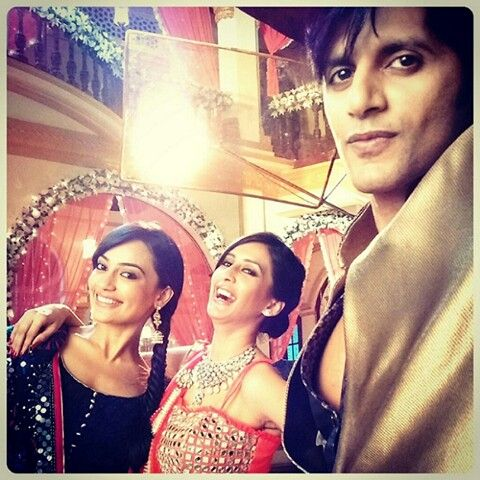 On sets  ‪#‎SurbhiJyoti‬ ‪#‎KaranvirBohra‬ ‪#‎QuboolHai‬