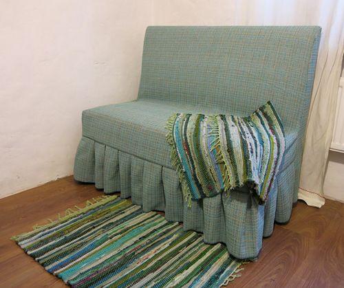 Простой мастер-класс о том, как сшить чехол на диван за один вечер  Read more: http://babairisha.ru/chexol-na-divan/#ixzz3zBumNYC2