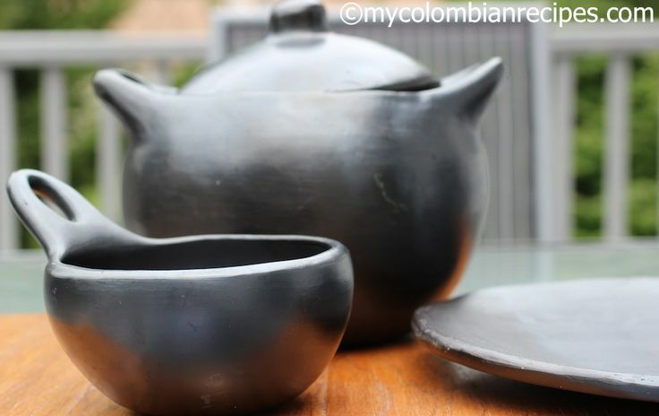 La Chamba Colombian Clay Cookware - I have a couple of these clay pots and love them