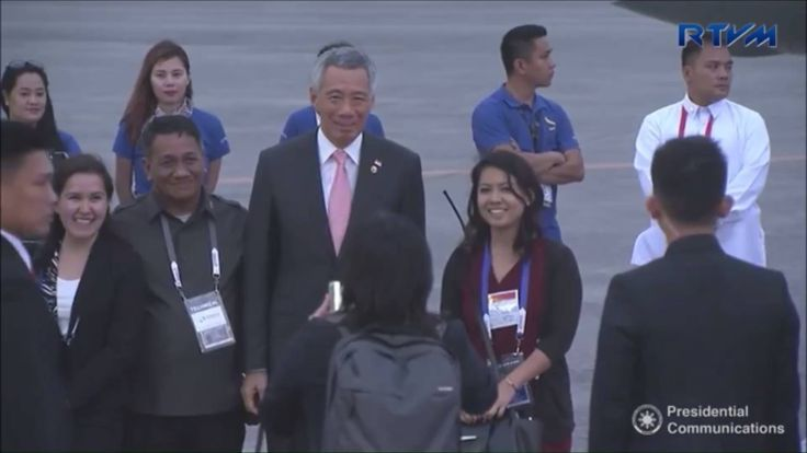 WATCH: Prime Minister Lee Hsien Loong departs Manila after attending the 30th ASEAN Leaders' Summit.  Video: Presidential Communications (Government of the Philippines)