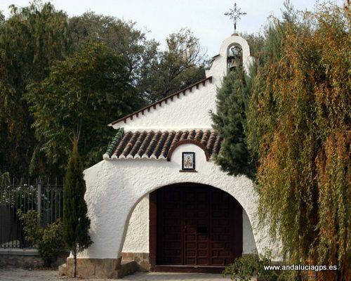 """#Granada- #Deifontes - Ermita de San Isidro - 37º 19' 54"""" -3º 35' 9"""" / 37.331667, -3.585833  Su ubicación es el lugar más hermoso del pueblo: el nacimiento: un paraje acogedor rodeado de árboles y agua. En ella encontramos las imágenes de San Isidro y la Virgen de Fátima. Se construyó por la promesa que hicieron los vecinos de la localidad si conseguían comprar el pueblo."""