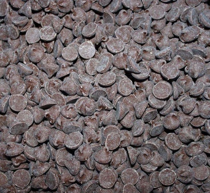 Guittard Chocolate Chips ~ Candy, Chocolate, snack, baking, fresh, trail mix #WorldWideChocolate