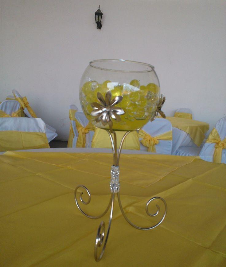 1000 images about centro de mesa arbol on pinterest for Centros de mesa con peceras