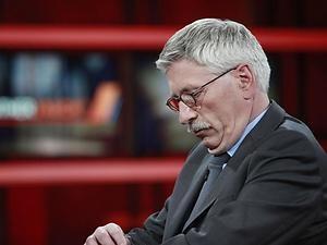 EU - Sarrazin verteidigt sein Anti-Euro-Buch