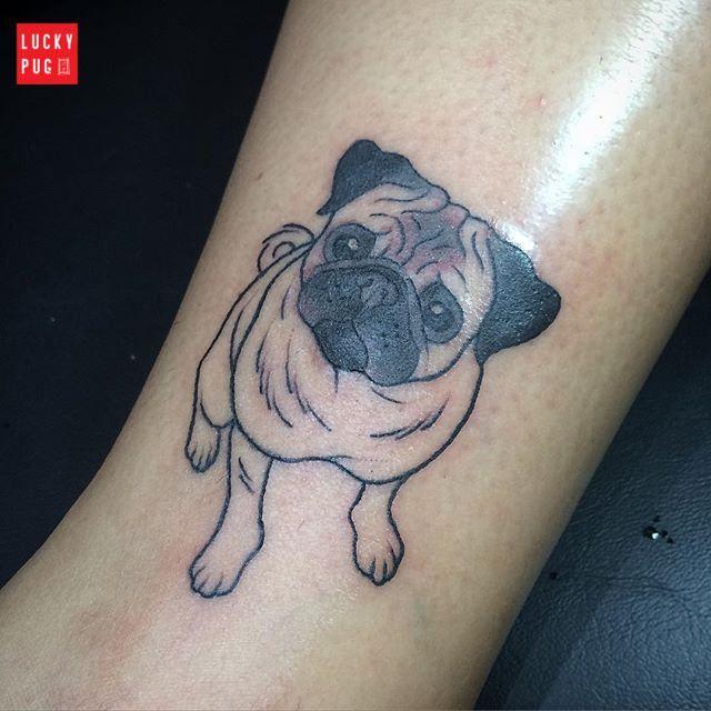 Leg Pug tattoo by Paula Freitas Aquino (Brazil) - www.luckypug.com