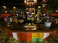 Little Havana Bar: Ball & Chain