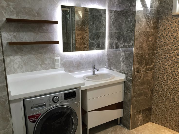 #banyo dekorasyonu #banyo tasarımı #şık #özel tasarım banyo tezgahı #banyo dolabı #ferah #akrilik banyo tezgahı #mermer görünümlü seramik #fiori de pesca #led ışıklı banyo aynası