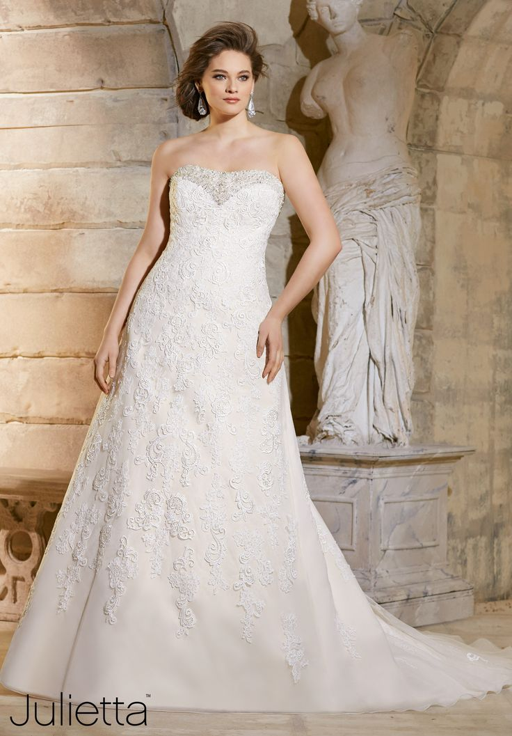 Fancy  Wedding Gowns Dresses Crystal Beading Trims the Net Gown Decorated with Embroidered and Venice
