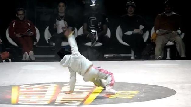 Six-Year-Old Breakdancer amazing video!  Gotta watch