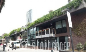 Rent per month (exclusive): € 1.950,- Apartment available from: 10 May 2013 Floor space (m²): 161 m2