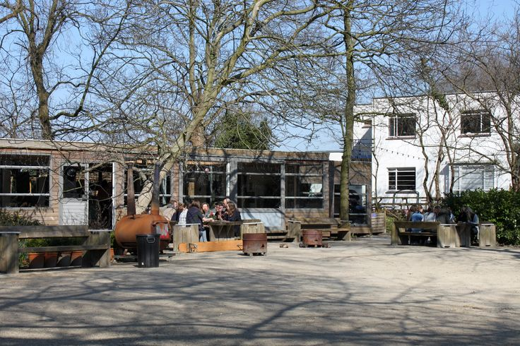 If you walk past the public building all of a sudden a really nice garden/park appears; the Tolhuistuin garden.  The garden is the perfect spot for a lazy sunny Sunday but also business activities take place here.