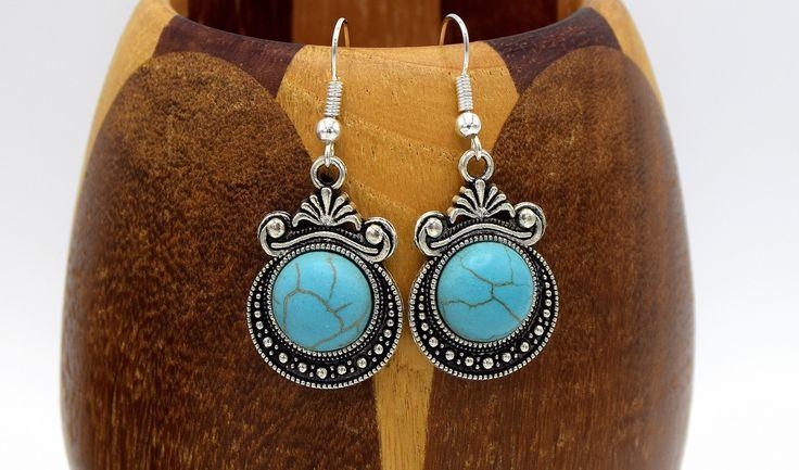 Boucles d'oreille pendentif cabochon turquoise, boucles oreilles cabochon rond pierre turquoise et pendentif argent antique : Boucles d'oreille par breloqueandco