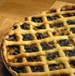 Recette Tourte de blettes : les ingrédients, la préparation et la cuisson de la recette Tourte de blettes -  Séparer le vert des...