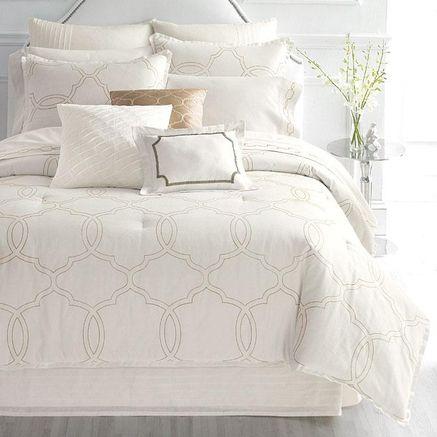Whole Home Luxury™ 'Lexington Hotel' Comforter Set