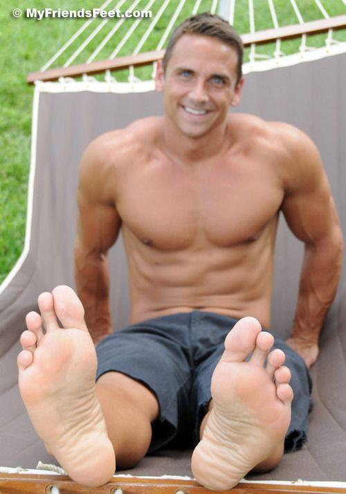 men with big feet bude
