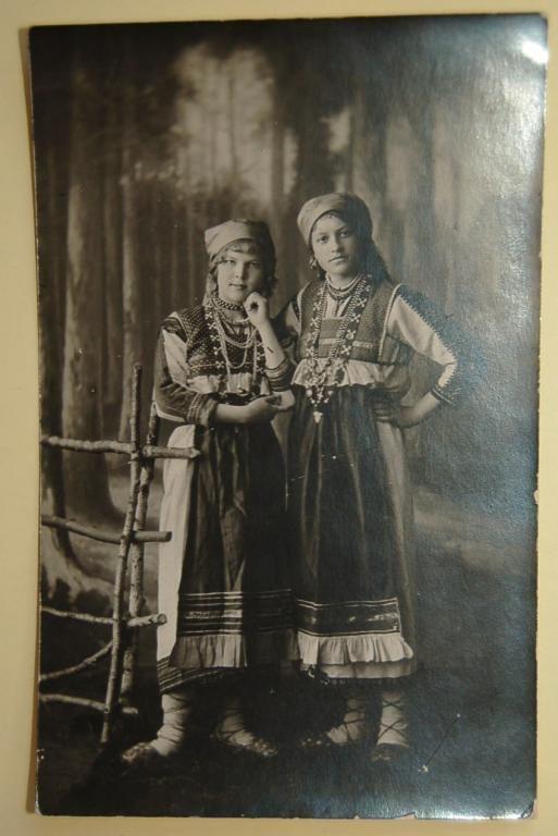 традиционный костюм мордвы-эрзя-Поволжье