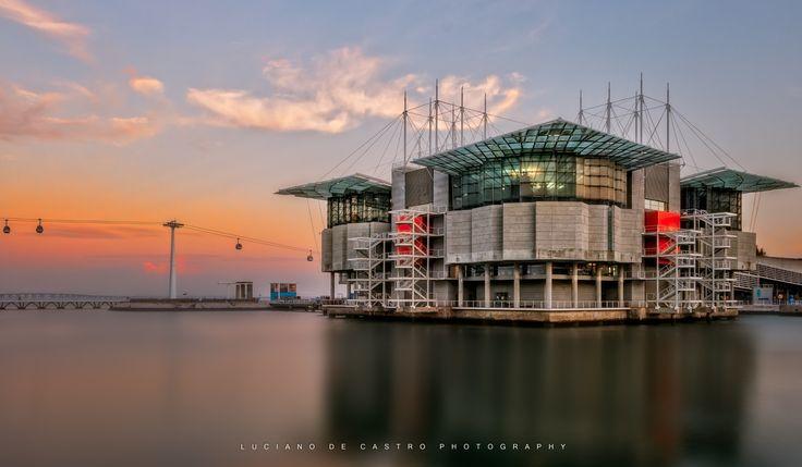 Oceanarium Diary IV - Prédio do Oceanário de Lisboa no Parque das Nações. Tido como o melhor oceanário de mundo.