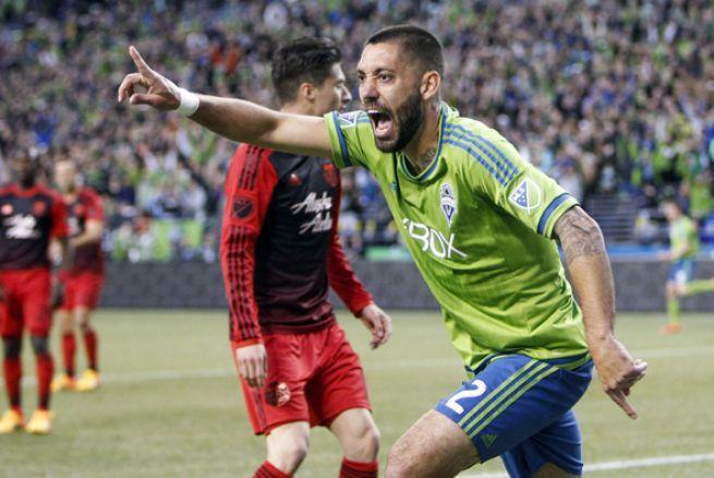 MLS. Clint Dempsey aprovechó los errores de Portland y Seattle ganó 1-0 el Clásico Cascadia