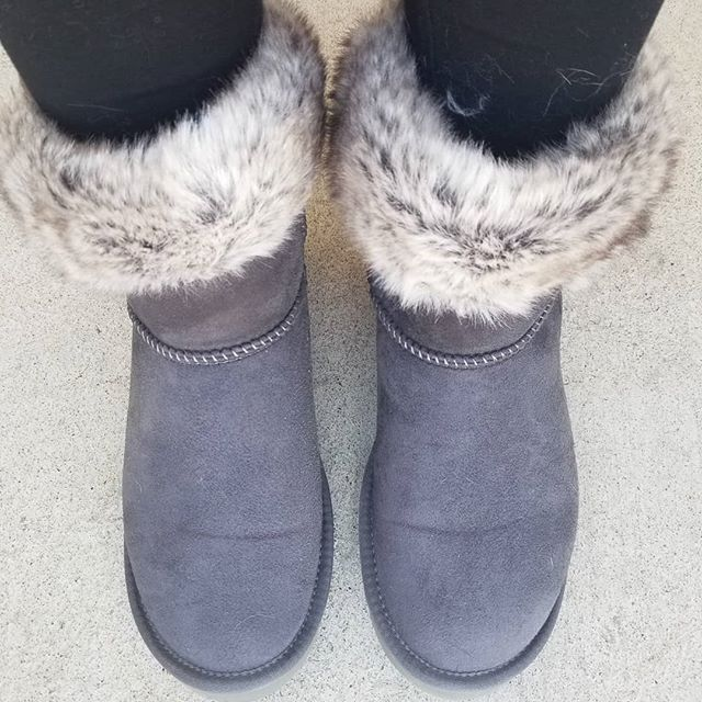 0bb5217dadc pawj.california has the absolute BEST vegan and cruelty free boots ...
