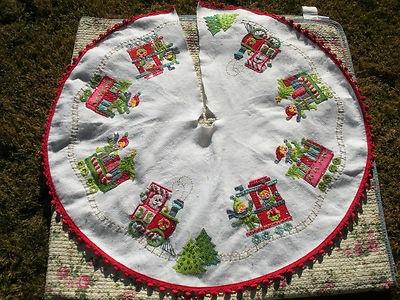 Vintage Christmas Tree Skirt ~ White Felt w/ Beads and Sequins ~ Santa Christmas Train