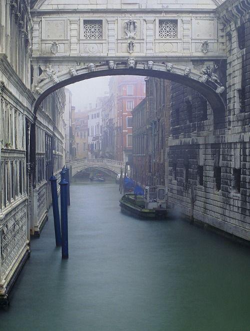Bridge of Sighs   Ian Cameron   Venice, Italy