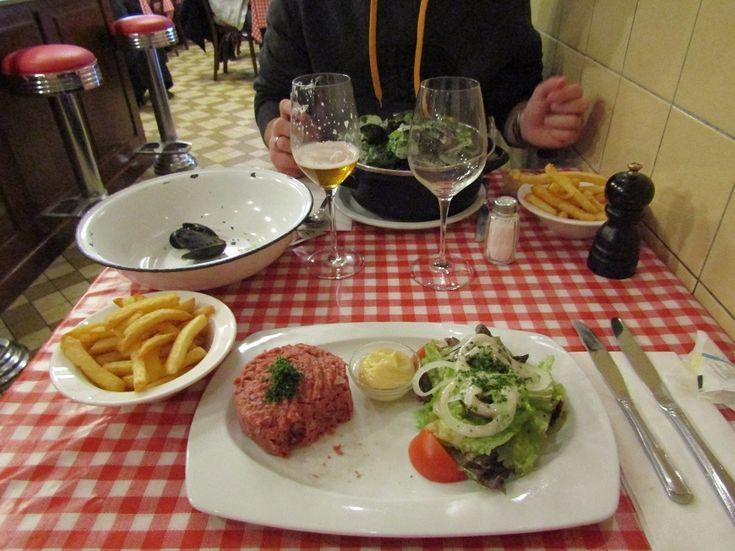 Où manger des moules frites à Bruxelles, Belgique - Friture René Anderlecht