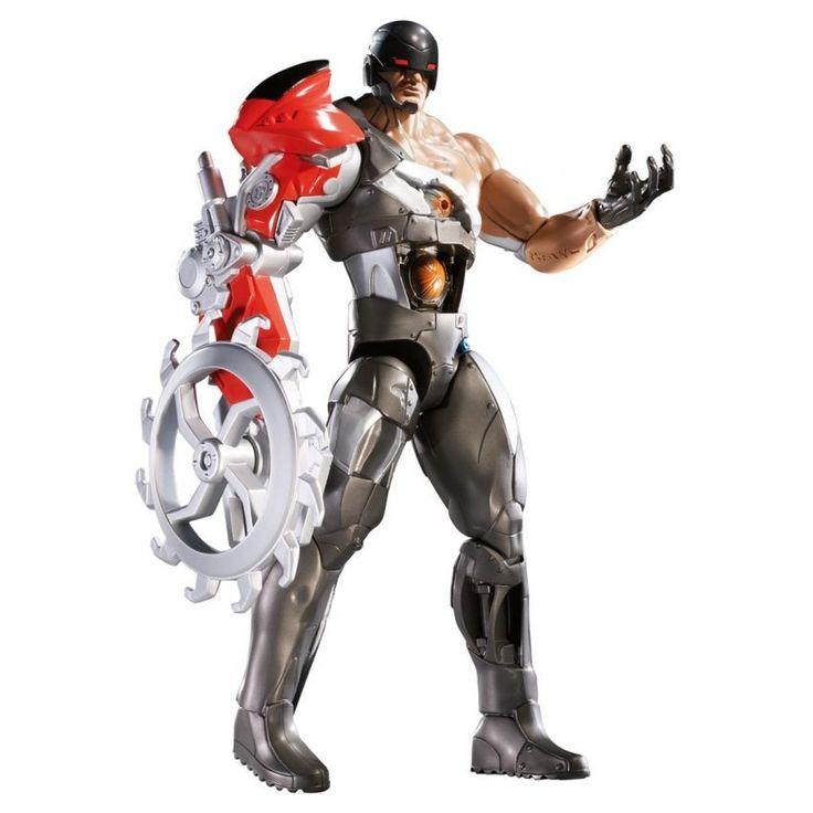 MAX STEEL MAKINO MOTO-AMENAZA ¿Creés que es posible tener un brazo con armadura? Con Maz Steel puedes hacerlo realidad.  La mano derecha de este Max Steel tiene forma de garra, así como de sierra. ¡Pónla y quítala cuantas veces quieras!