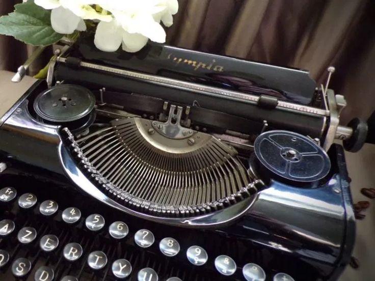 Olympia Typewriter   Typewriters   Olympia typewriter, Typewriter, Speed typing