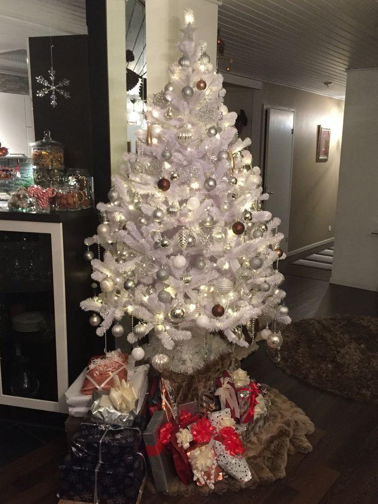 My wonderful white christmas tree