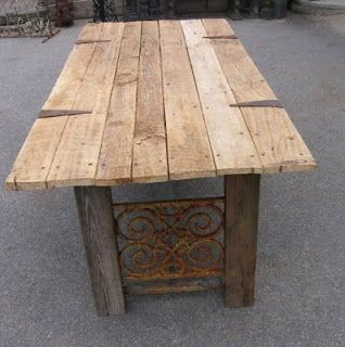 TABLE FROM RECLAIMED BARNDOOR