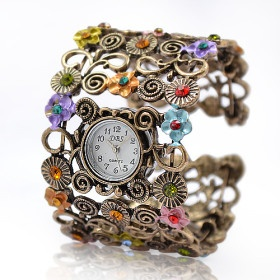 This watch will make your spring look! So cute <3