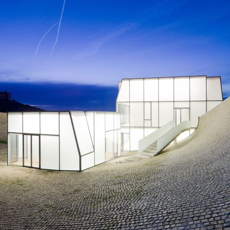 Cite de l'Ocean et du Surf, Biarritz, France, 2011 | Steven Holl in collaboration with Solange Fabiao