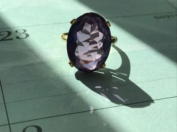 Created Alexandrite 18k Yellow Gold Solitaire Ring. Vintage Ring. Size 5 1/2.  | eBay