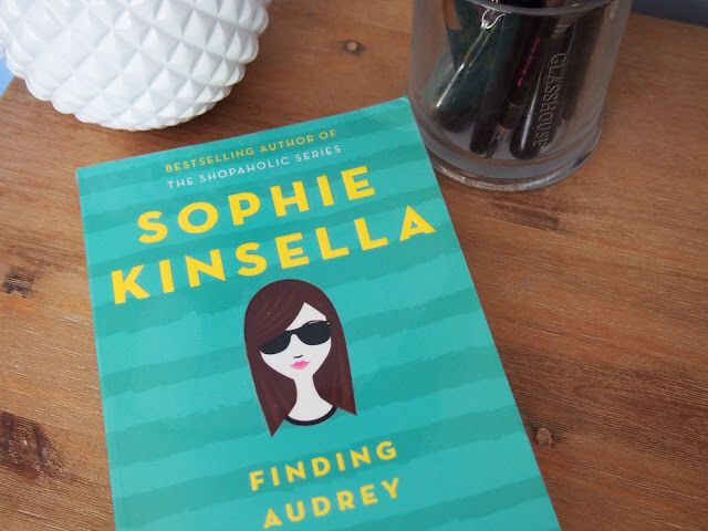 I've been reading YA! Book Finding Audrey by Sophie Kinsella http://sundaysandink.blogspot.com.au/2015/09/book-review-finding-audrey-by-sophie.html #bookbloggers