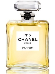 """""""What do I wear in bed? Why, Chanel   No.5 of course"""" - Marilyn Monroe"""