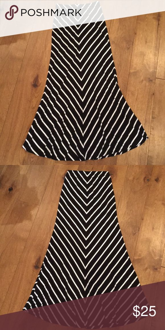 20% Off Bundle Deal-  Olivaceous Maxi Skirt Gorgeous - hardly worn. Great condition! Jersey maxi skirt - black white chevron print. Raw hem. Fully lined. Olivaceous Skirts Maxi