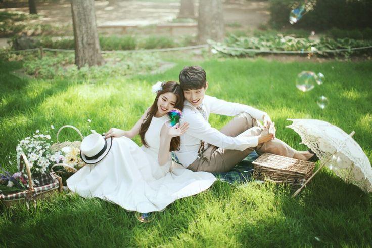 Korea Pre-Wedding Photography in Studio & Dosan Park, Seoul by May Studio on OneThreeOneFour 28