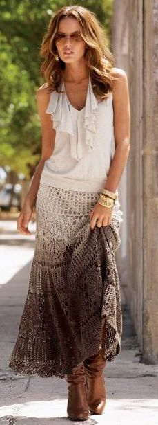 """Crocheted Skirt :: (Love Love Love) Also from a foreign site, looking for the pattern, it is mentioned that there is one somewhere. If I find it, I'll edit this pin. (It said from """"Flower Fireworks"""")"""