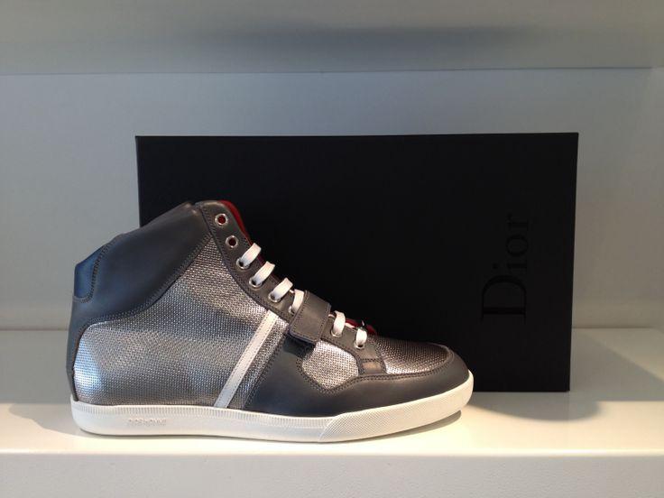 Dior halfhoge sneaker bij #beerensschoenmode Roosendaal of op www.beerensschoenmode.nl