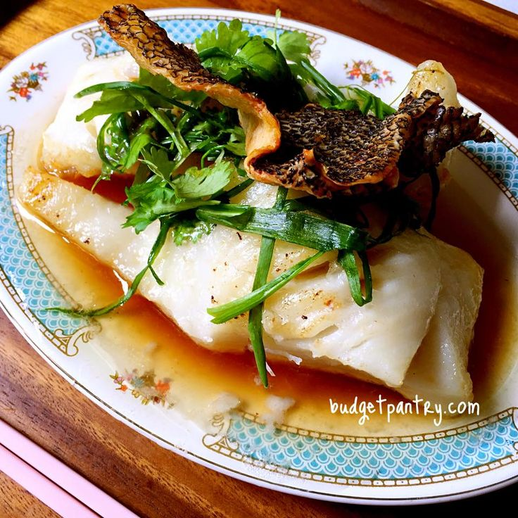 Singapore home cooks airfried cod fish with crispy skin for Airfryer battered fish