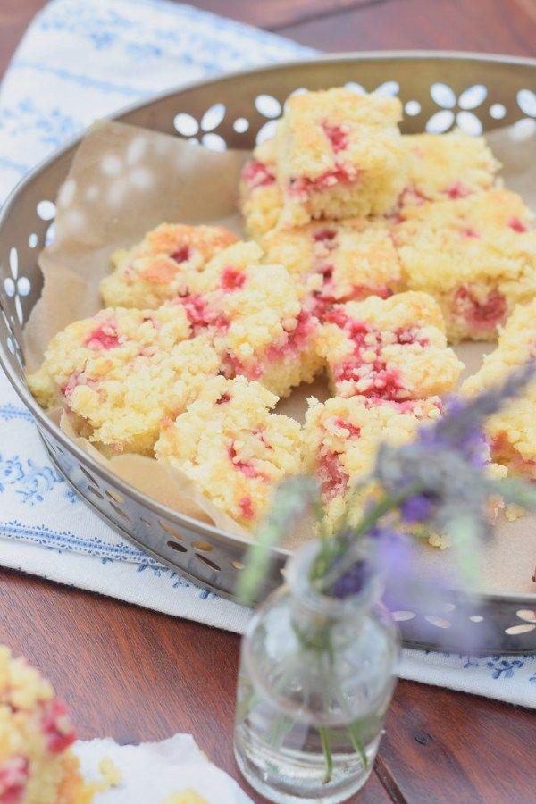 zitronen streusel kuchen mit Johannisbeeren 6