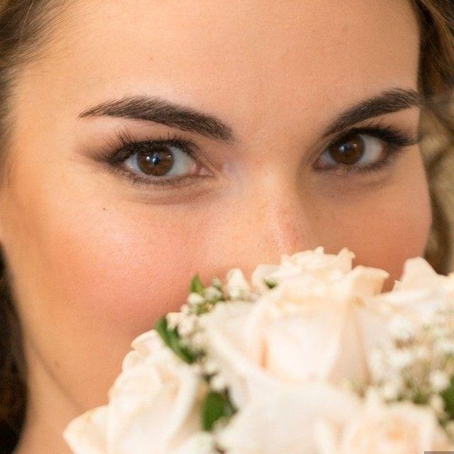 E se il tuo trucco fosse uno smokey leggero sulle tonalità del marrone, come questo?   Foto di @ciancaphoto #matrimonio #nozze #matrimoniocom #makeup #truccosposa #MUA