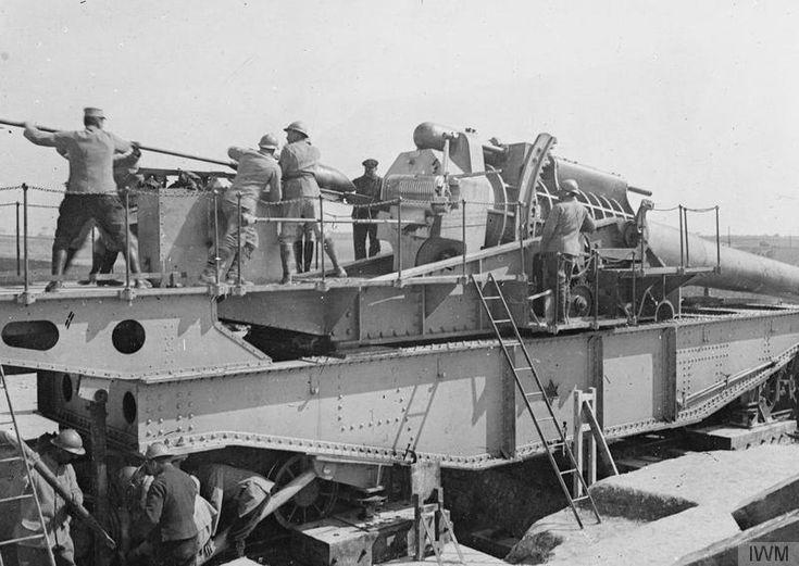 "WWI covered live on Twitter: ""French gunners loading 400 mm gun on railway mounting near Sommesous Apr 4 1916 https://t.co/vO8zKbxcqi @BradLeeMann https://t.co/ckunpHEFmy"""