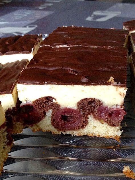 Donauwelle - super easy, ein schmackhaftes Rezept aus der Kategorie Kuchen. Bewertungen: 1.027. Durchschnitt: Ø 4,4.