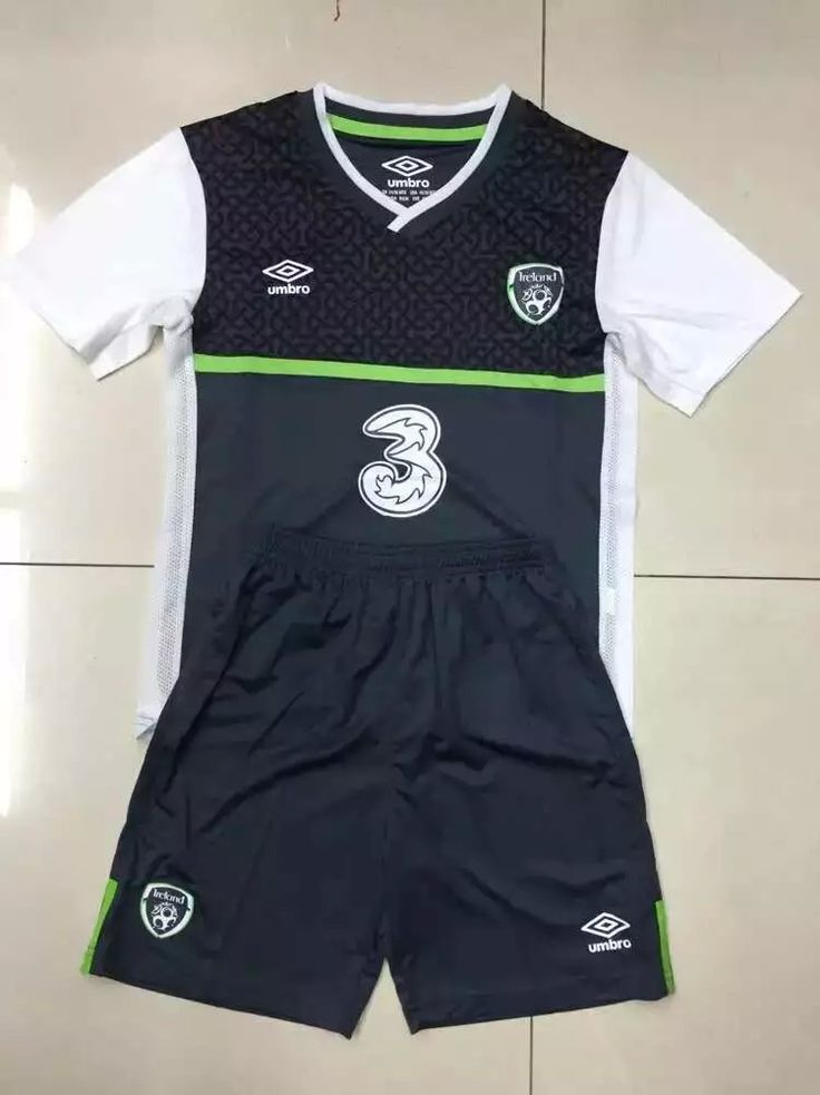 Ireland away kids uniform: www.soccerjerseyteam.ru